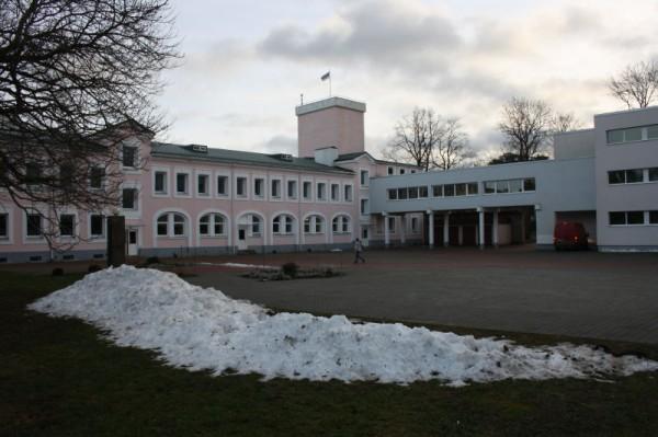 Toila Gümnaasiumi peahoone