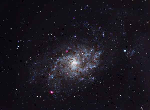 M33 ehk Kolmnurga galaktika
