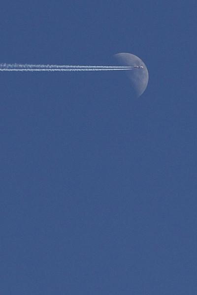 Lennul üle Kuu